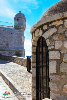 #Historia - Garitas de vigilancia de las murallas de #Peñíscola #Mediterráneo #spain
