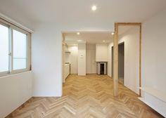 Kunihiko Matsuba exposes wooden structure of Saito House