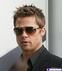 Brad Pitt one of the most beautiful people ever Brad Pitt And Angelina Jolie, Jolie Pitt, X23 Logan, Brad Pitt Haarschnitt, Brat Pitt, Gorgeous Men, Beautiful People, Brad Pitt Haircut, Raining Men