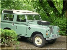 Land-Rover must be a woman ,beutiful and hard to live with