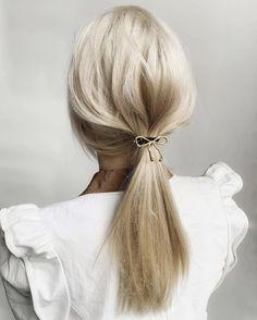 Older Women Hairstyles, Summer Hairstyles, Easy Hairstyles, Wedding Hairstyles, Short Hair Cuts, Short Hair Styles, Blonde Hair Goals, How To Lighten Hair, Hair Starting