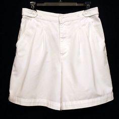 Geoffrey Beene Sport White Pleated Front 100% Cotton Shorts Women's Sz 8 www.bevsthisnthatshop.com