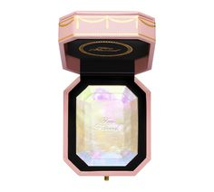Too Faced Spring 2018 is being previewed today with a new Diamond Highlighter that's sure to cause some mad frenzy in the makeup community. As of now the o