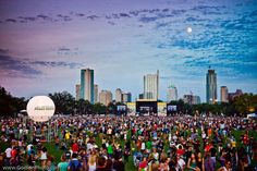 It is gorgeous today in Austin. What a great day for Austin City Limits Festival.