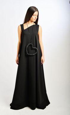 Maxi Dress/ Black Dress / Extravagant Dress/ Caftan / от Fraktura