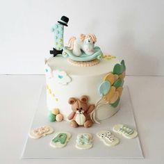 Fondant cake, birthday cake, celebration cake, first birthday cake, gum paste, sugar paste, teddy bear, balloon, horse, ponny