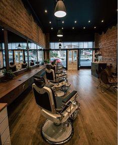 Barber Shop Inspiration- Decor Ideas and Design Buyrite Beauty Salon Equipment Vintage Modern Modern Barber Shop, Best Barber Shop, Barber Shop Interior, Hair Salon Interior, Barber Shop Decor, Salon Interior Design, Salon Design, Barbershop Design, Barbershop Ideas