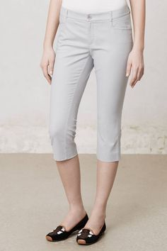 Anthropologie Twill Charlie Crops 14 & 16, Light Gray Cropped Pants, Cartonnier #Cartonnier #CaprisCropped