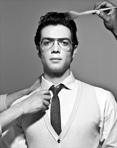Only he could look this great in these glasses. Ethan Peck's got his grandpa's good looks.