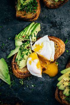 23 Egg Recipes That Take 20 Minutes or Less (via Bloglovin.com )