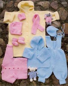 Gratis beskrivning på kofta, jacka, byxa, hjälm, mössa, vante utan tumme, sockor, halsduk, sovpåse i Piggelen