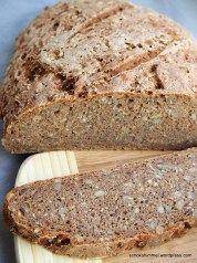 Köstliches Roggen-Vollkorn-Brot mit Sauerteig Delicious rye wholemeal bread with sourdough Stoneware Pampered Chef ideas Bread Recipes, Snack Recipes, Dinner Recipes, Snacks, Cheap Dinners, Vegan Dinners, Pampered Chef, German Bread, Rye Bread