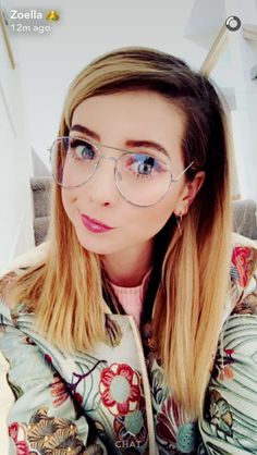 Pinterest: seren02 Zoella Hair, Zoella Beauty, Sugg Life, University Style, Zoe Sugg, Phil Lester, Girl Online, Make Up, Color