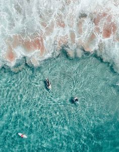 Barbados Surfing conditions are ideal for any level of surfer. Barbados is almost guaranteed to have surf somewhere on any given day of the year. No Wave, Fotografia Drone, Violet Pastel, Foto Top, Hang Ten, Blue Rain, Beach Aesthetic, Travel Aesthetic, Surfs Up