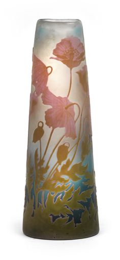 Glass vase decorated with poppies, Gallé, Nancy, c. 1904/1906 - Colourless glass partially cased in sea blue, overlaid in opalescent pink and greenish beige and decorated with acid etched poppies, frosted ground, tapering body of kidney shaped section