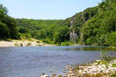 La Cèze, affluent du Rhône, traverse les départements de la Lozère et du Gard