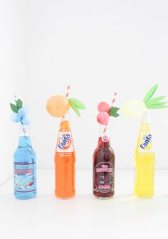 Sweet and colorful fruit balloon straws for your summer parties! Lemons, limes, pineapples, strawberries, cherries, peach, orange, grapes, blueberries! via A Joyful Riot-3