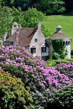 Scotney Castle, Kent, England by fredo101: