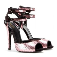 Gucci - Pink glitter sandals #shoes #gucciogucci #gucci #women #designer #covetme
