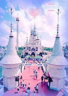 Lotte World - Seoul, Korea. Koreans version of Disney World.  | www.AsianSkincare.Rocks
