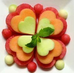 Fruit Food Art… Sweet & Simple Shamrock