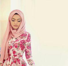 Nuriyah O. Martinez ♥ Muslimah fashion & hijab style
