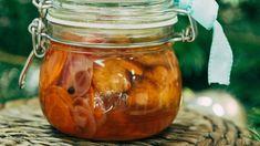 Kapří řízky naložené ve sladkokyselém nálevu , Foto: All Pickles, Cucumber, Mason Jars, Fish, Canning, Pisces, Mason Jar, Pickle, Home Canning