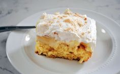 My father-in-law is a big fan of banana pudding. I tend to make it for him for father's day barbeques every year, but I wanted to try a di. Dutch Recipes, Baking Recipes, Instant Banana Pudding, Poke Cake Recipes, Banana Cream, What To Cook, High Tea, Cake Cookies, Love Food