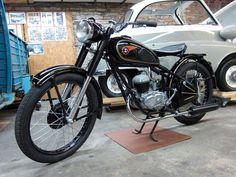 Super 4, Motor Scooters, 50cc, Old Bikes, Classic Bikes, Cars And Motorcycles, Motorbikes, Harley Davidson, Sims