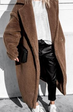 Pinterest: DeborahPraha ♥️ cozy comfortable winter outfits, long coat winter looks