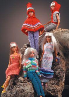 Barbie Knitting Patterns, Barbie Clothes Patterns, Crochet Barbie Clothes, Doll Clothes Barbie, Barbie Dress, Doll Patterns, Barbie Doll, Barbie Stuff, Barbie Und Ken