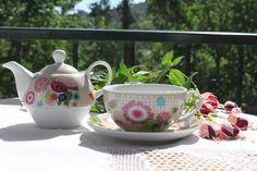 Primavera ❀ Bule com chávena - Conjunto atraente e jovem, com lindos motivos florais. Inspired by Lemon