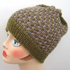 Free pattern for this colour stranded knitted unisex  hat.