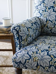 BRAMBLE Choose a statement design for upholstery to create character in your home. This Bramble design from Morris & Co. perfectly captures the Arts & Crafts Movement and intorduces the legacy of William Morris into your home.