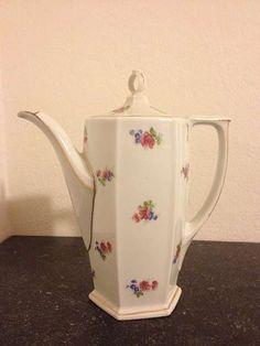 Kaffeekanne MZ Altrohlau CMR, 35,-- Tea Pots, Tableware, Dinnerware, Tablewares, Tea Pot, Place Settings, Tea Kettles