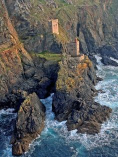 Image Gallery | Cornish Mining World Heritage Site. Botallack Crowns Engine Houses in St Just Mining District, Botallack Count House. www.cornish-mining.co.uk #Cornwall #Coast