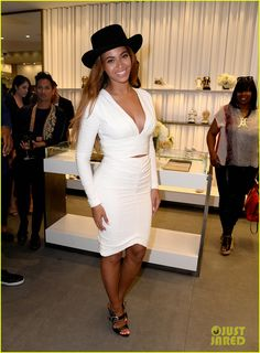 beyonce shops with giuseppe zanotti himself at store opening 01 Beyonce looks amazing in her skin-tight white dress while attending the opening of Giuseppe Zanotti's new store on Tuesday evening (April 14) in Beverly Hills,…