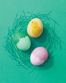 """Cracked"" Eggshells and Chick Designs 