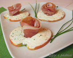Sfizi e pasticci: Tartine di mela al formaggio e prosciutto
