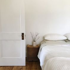 Daydreaming about getting crisp new sheets for spring, and maybe an extra fluffy duvet for the ultimate end-of-day bed flop. Bedroom Inspo, Bedroom Ideas, House Goals, Humble Abode, Daybed, Apartment Living, Duvet, Living Spaces, New Homes
