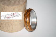 anillo de madera olivo hilo de acero interior de aluminio