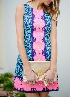 Lilly Pulitzer Delia Shift Dress & Envelope Clutch worn by @Sarah Chintomby Tucker