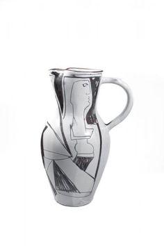 """Jacques INNOCENTI (1926-1958) - Important pichet en céramique émaillée blanche[...], mis en vente lors de la vente """"Art Nouveau, Art Déco & Design"""" à Millon et Associés Bruxelles   Auction.fr"""