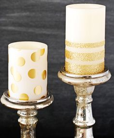 DIY Gold Glitter Candles. Perfect for an added touch of sparkle for wedding centerpieces