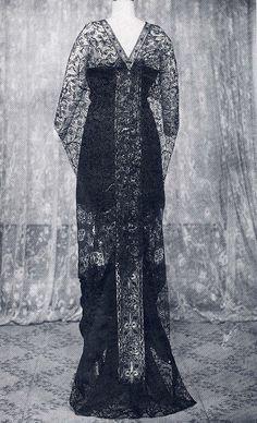 Vintage Gowns, Mode Vintage, Vintage Clothing, Vintage Outfits, Edwardian Era, Edwardian Fashion, Fashion Vintage, Old Dresses, Nice Dresses