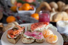 How to host a Holiday Bagel Brunch, Photos by John Dolan, featured on Channeling Contessa.