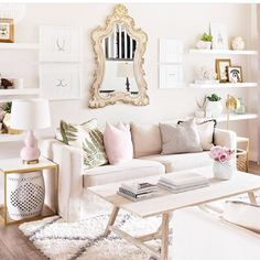 Love this soothing space from Oh My Dear Handmade! Get the look with one of our ornate mirrors. #mossmanor #design #interiordesign #homesweethome #interiors #homedesign #luxury