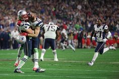 Rob Ninkovich and Julian Edelman celebrated the New England Patriots' Super Bowl victory. (Photo: Doug Mills/The New York Times)