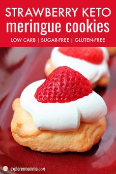 Simple and delightful strawberry keto meringue cookies are low carb creamy melt in your mouth bites of summer. A mini keto pavlova with a little meringue, a little cream, and a sweet strawberry. #ketocookies #ketomeringue #ketorecipes Mini Desserts, Low Carb Desserts, Low Carb Recipes, Delicious Desserts, Snack Recipes, Dessert Recipes, Cookie Recipes, Cookie Ideas, Ketogenic Recipes