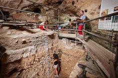 Immagini della Verona preistorica , in  grotta